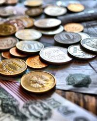 Деньги как средство