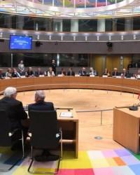 ЕС/ЗЕС на пути к идентичности в сфере безопасности и обороны