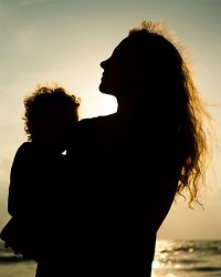 Пособия и льготы матерям-одиночкам